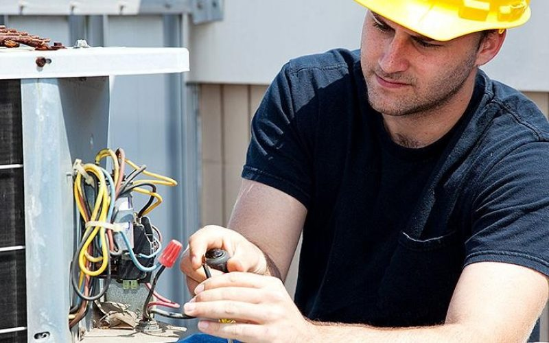 Easily Get the Best Repair Services from Universal Appliance Repair