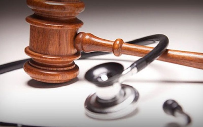 A personal injury lawyer works towards achieving verdict in your favor