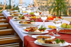Take Your Wedding Serious By Hiring Bay Area Wedding Caterers