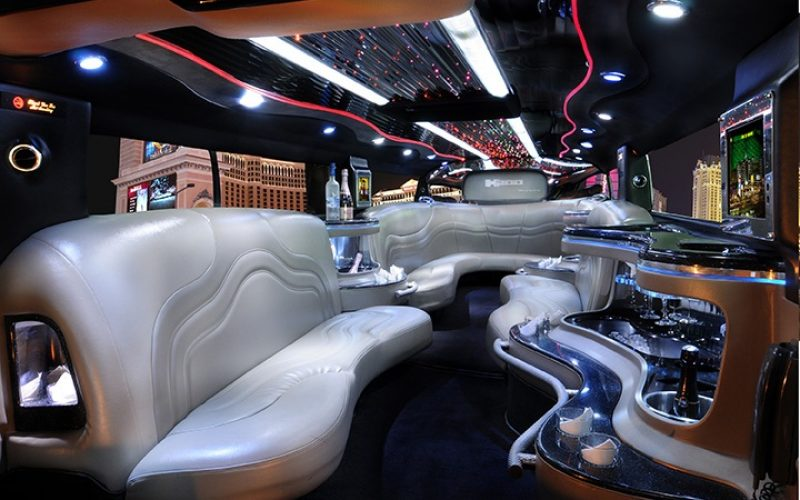 Party Bus Rental – For celebrating your Anniversary