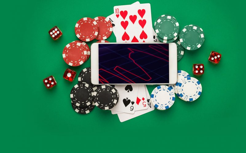 IMPORTANCE OF MAINTAINING OWN STRATEGY IN POKER GAMES